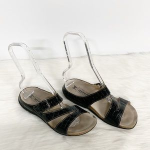 Mephisto | Black Strappy Slide-on Comfort Sandals